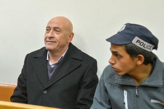 מחוייבות הומניטרית גם לאסירים הביטחוניים. באסל גטאס בדיון על הארכת מעצרו בבית משפט השלום בראשון לציון (אבי דישי/פלאש90)
