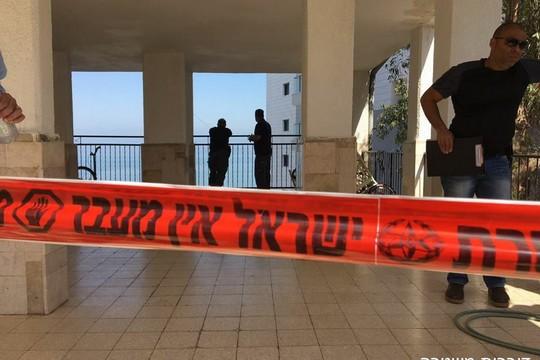 האם אפשר היה לעשות משהו? מי צריך לתת את הדין? זירת הרצח בטבריה (צילום: דוברות המשטרה)