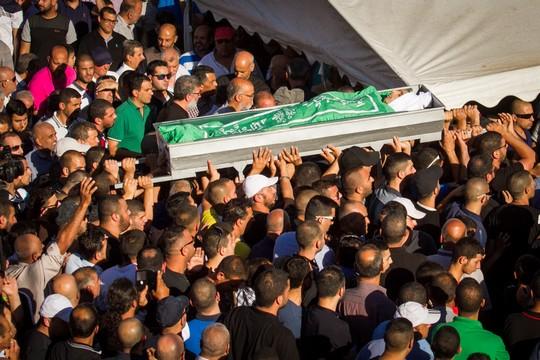 הריגתו היא עוד מקרה בסדרה מבית היוצר של המבנה הקולוניאליסטי. הלווייתו של מוחמד טאהה בפר קאסם, 6 ביוני 2017 (פלאש90)