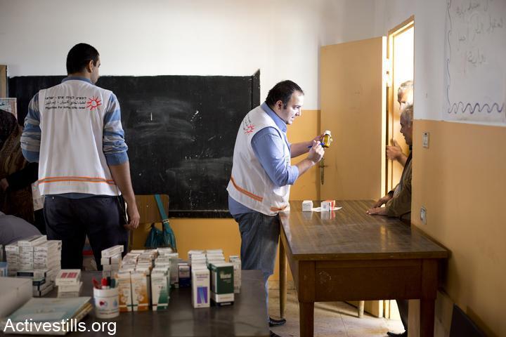 בית המרחקת של המרפאה הניידת של רופאים לזכויות אדם בביקור בגדה המערבית. (אורן זיו/אקטיבסטילס)