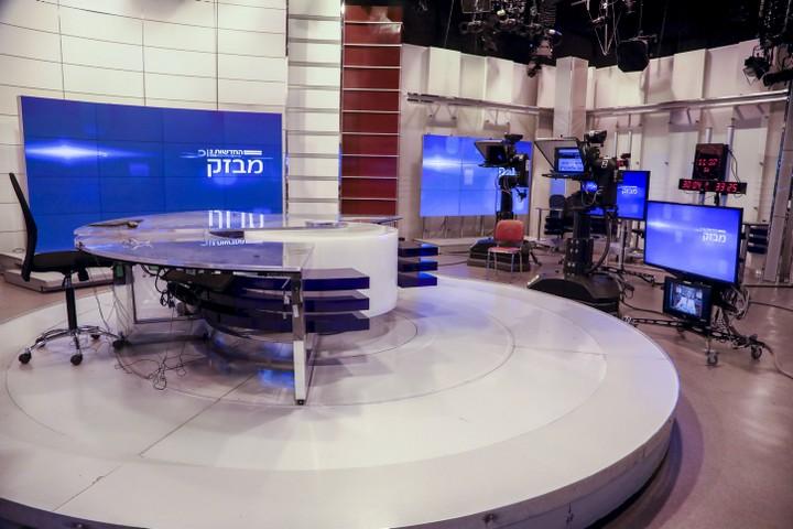 האם הערבים ינהרו אי פעם לאולפני הטלוויזיה? (צילום: יצחק הררי / פלאש90)