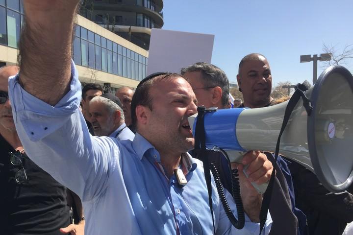 אליהו צדיק, ממארגני הפגנת תעשיית הטקסטיל בתל אביב (חגי מטר)