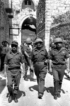 מיליון וחצי פלסטינים הפכו בתוך שישה ימים לנכבשים של מדינתה, ולנגר לא עמדה מנגד.