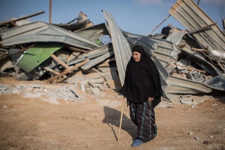 הריסות בית באום אל חיראן. ישראל תמיד ניסתה להנדס את מרחב המחיה הפלסטיני (צילום: הרס פרוש/פלאש90)