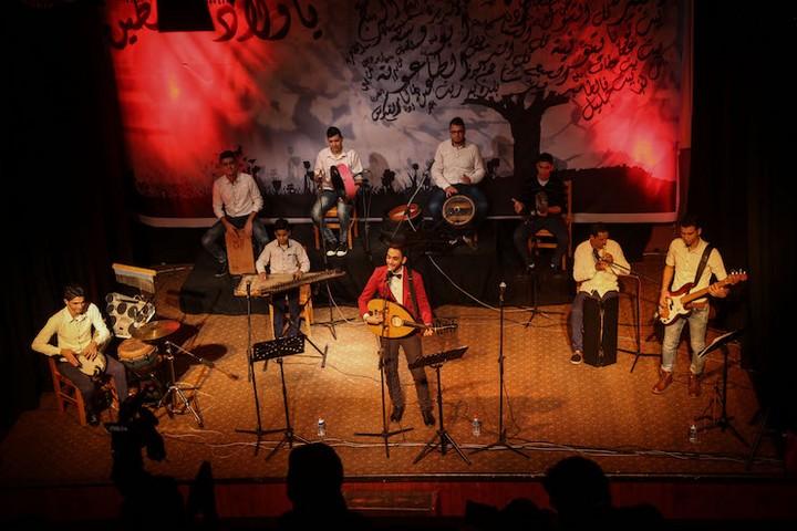 מופע מוזיקלי שנערך במרכז התרבות אל-משעל בחודש מרץ השנה (צילום: מוחמד חג'אר)