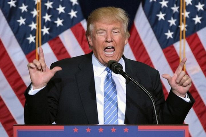 """מזין את האנטישמיות. נשיא ארה""""ב דונלד טראמפ (גייג' סקידמור)"""