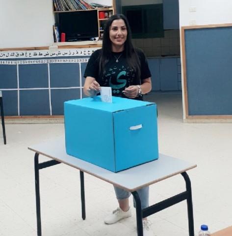 זינאב חסן אבו סוויד מכעביה. הבדואית הראשונה שנבחרה למועצה בישראל