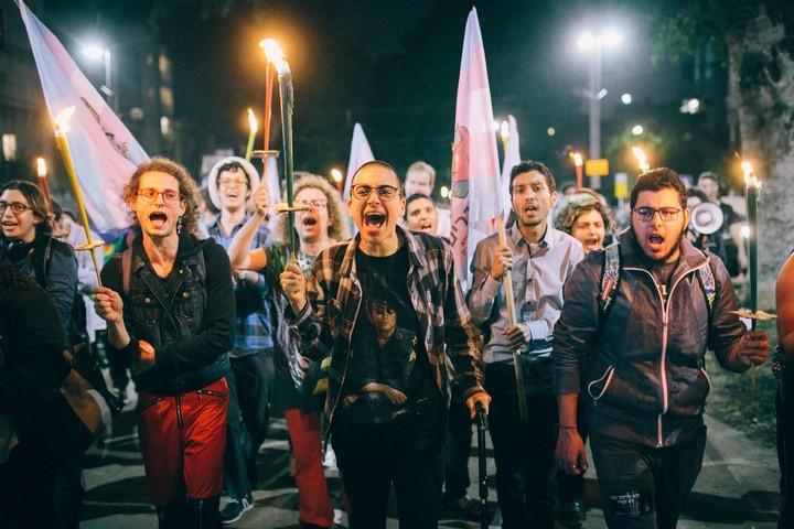 צעדת לפידים במרכז תל אביב. יום הזיכרון הטרנסי 2018. (צילום: שירז גרינבאום)