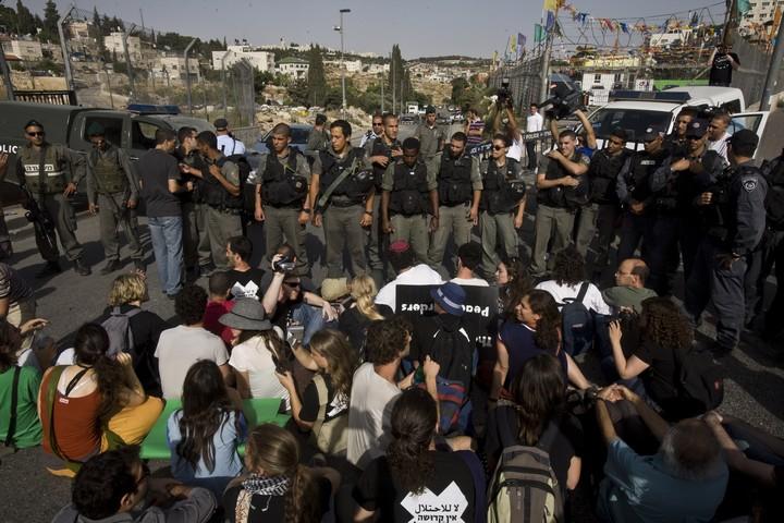 הפגנה בשייח' ג'ראח נגד הפינויים ב-2010. בשנים האחרונות ההפגנות הצטמצמו (צילום: אורן זיו / אקטיבסטילס)