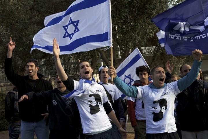 אילוסטרציה. פעילי אם תרצו מפגינים באוניברסיטה העברית. למצולמים אין קשר לכתבה. (אורן זיו)