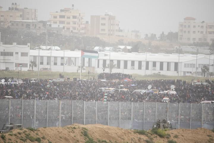 עשרות אלפי המפגינים בגבול עזה. 30 מרץ 2019 (אורן זיו)