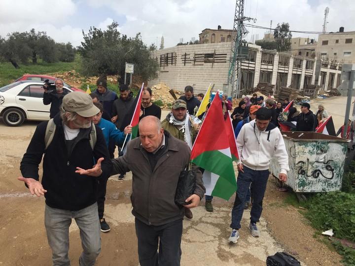 עשרות מפגינים בנבי סאלח לציון יום האדמה (חגי מטר)