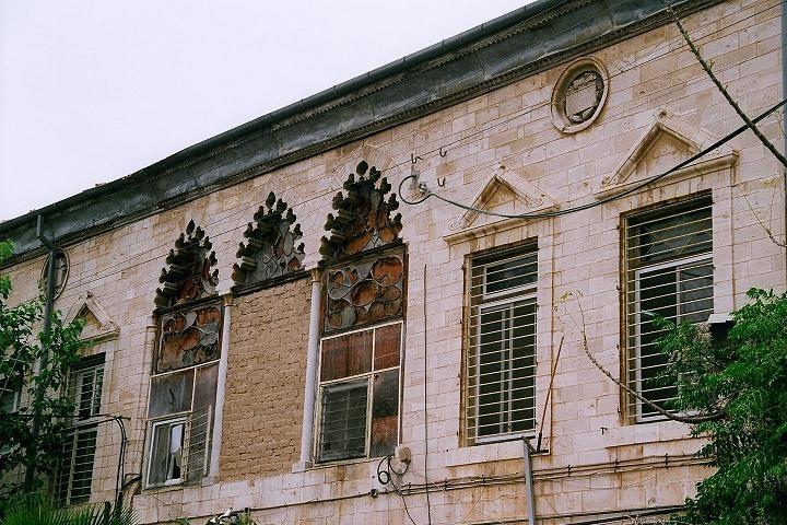 """""""להרוס את שכונת אבו כביר. בית משפחות אל קאסר באבו כביר (צילום: Idobi (talk) CC BY-SA 3.0"""