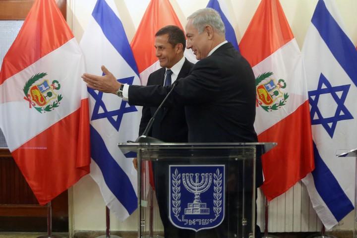 """לישראל איכפת רק איך פרו מצביעה באו""""ם. ראש הממשלה נתניהו עם נשיא פרו אוליאנטה טאסו בביקור בישראל ב-2014 (צילום: ישראל סלם / לע""""מ)"""