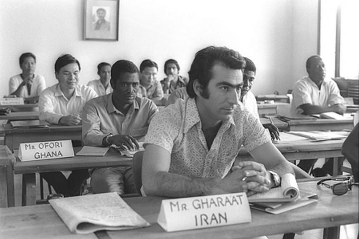 """בשנות ה-60 וה-70, איראן היתה אחת משותפות הסחר הגדולות של ישראל. נציג איראני בהכשרה בבית ברל בישראל (צילום: פריץ כהן / לע""""מ)"""