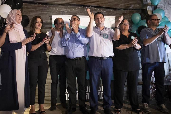 מועמדי הרשימה המשותפת במהלך ארוע השקת הקמפיין בעברית של הרשימה המשותפת בתל אביב, 20.8.2019 (צילום: אורן זיו)