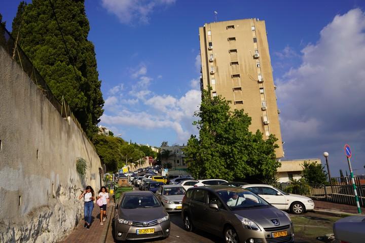 רחוב עבאס בחיפה (צילום: מריה זרייק)