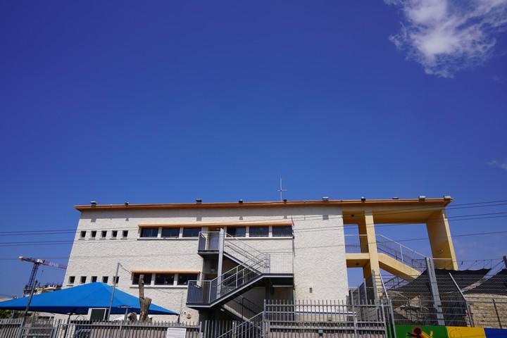 בית הספר חיואר, בית ספר יסודי פרטי אלטרנטיבי בעיר התחתית (צילום: מריה זרייק)