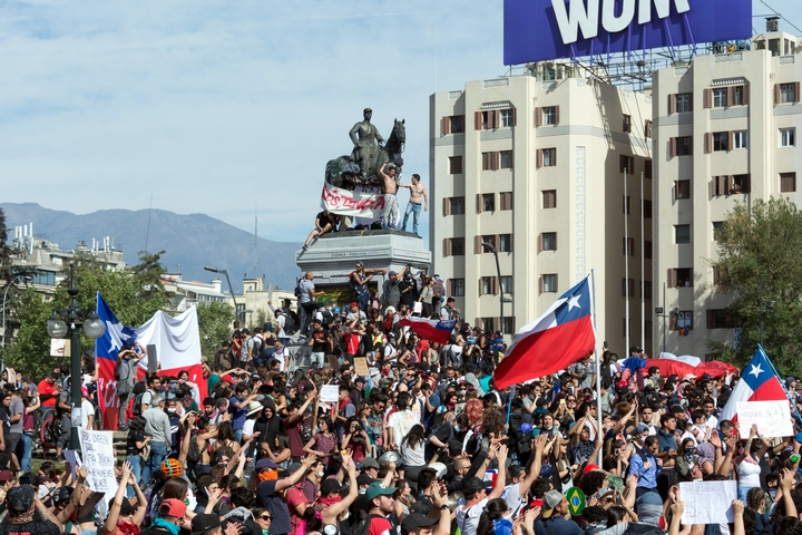 הפגנה בסנטיאגו, בירת צ'ילה, ב-22 באוקטובר 2019 (צילום: Carlos Figueroa)