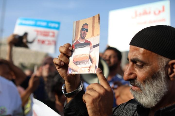 מוחמד הנבוזי, שבנו נרצח ב-2012, בהפגנה בירושלים, ב-10 באוקטובר 2019 (צילום: אורן זיו)