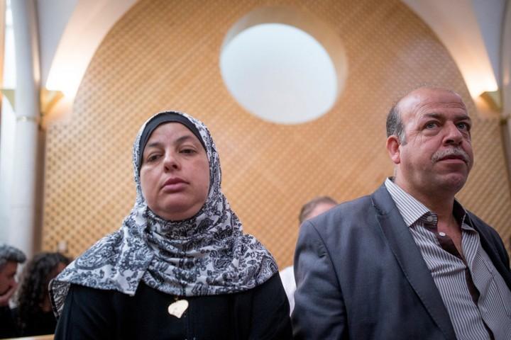 ביקשו להרוס את בית הרוצח שהרג את בנם. הורי של מוחמד אבו ח'דייר בבית המשפט העליון (צילום: יונתן סינדל / פלאש 90)