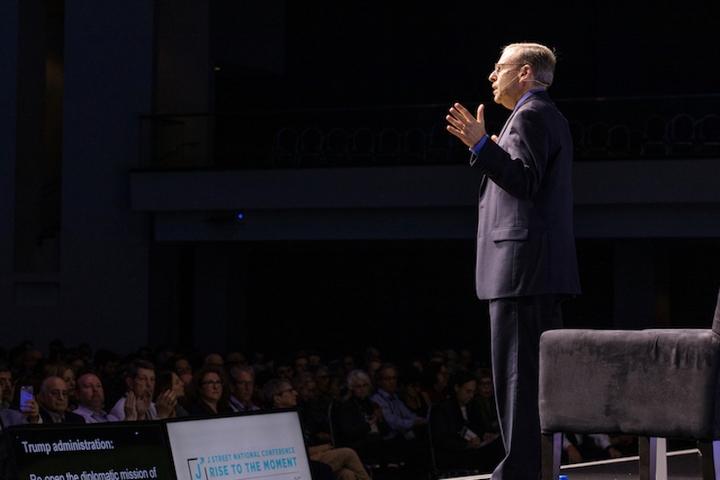 נשיא ג'יי סטריט, ג'רמי בן עמי, מדבר בוועידת הארגון ב-28 באוקטובר 2019 (צילום: ג'יי סטריט)