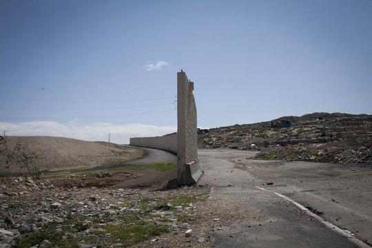 החומה מבתרת מערכות אקולוגיות לשניים. פתח באזור ירושלים (אורן זיו / אקטיבסטילס)