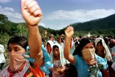 מחאה בעקבות רצח מורה בבית ספר בארץ הזאפטיסטס במקסיקו