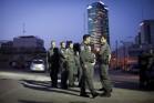 """שוטרי מג""""ב בדרום תל אביב. (צילום: אקטיבסטילס)"""