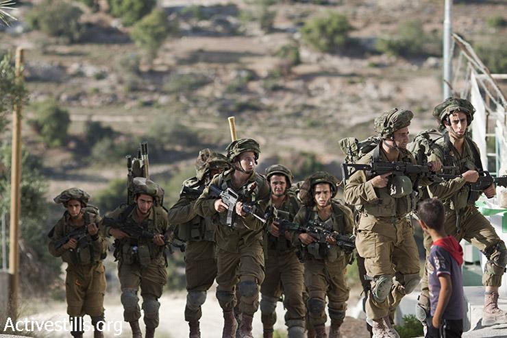 חיילים ברחובות חברון. (מוסטפא באדר/אקטיבסטילס)