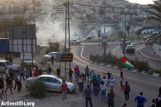 אום אלפחם השבוע: ענני גז מדמיע בכניסה לעיר (עומר סמיר / אקטיבסטילס)