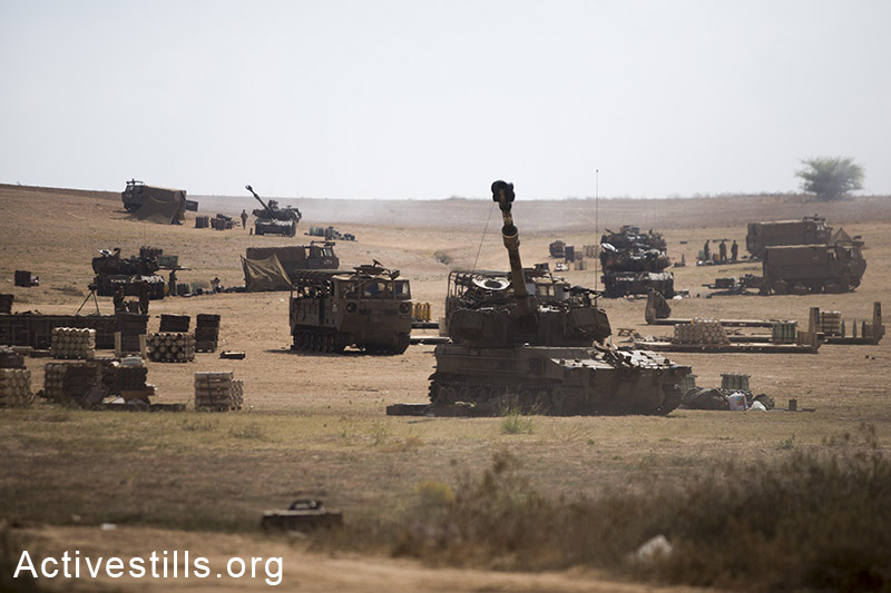 תותחים ישראלים על גבול עזה-ישראל, ה21 ליולי, 2014. (יותם רונן/אקטיבסטילס)