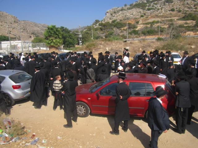 מחאת החרדים בכלא שש, השבוע (צילום: קו ההגנה)