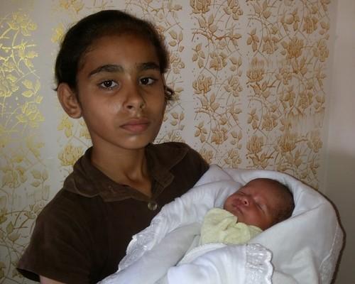 אחותה של ראשה והתינוק שניצל (עאוני פרחאת)