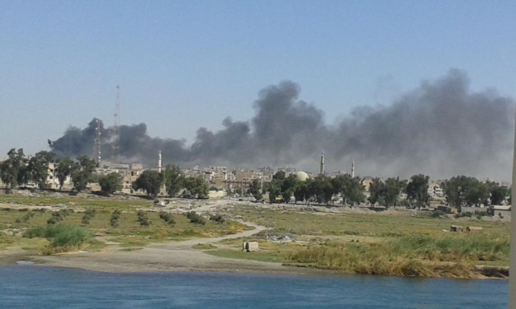 """רקה לאחר הפצצת המשטר ב-6 בספטמבר 2014. צילם: """"אכרם"""""""