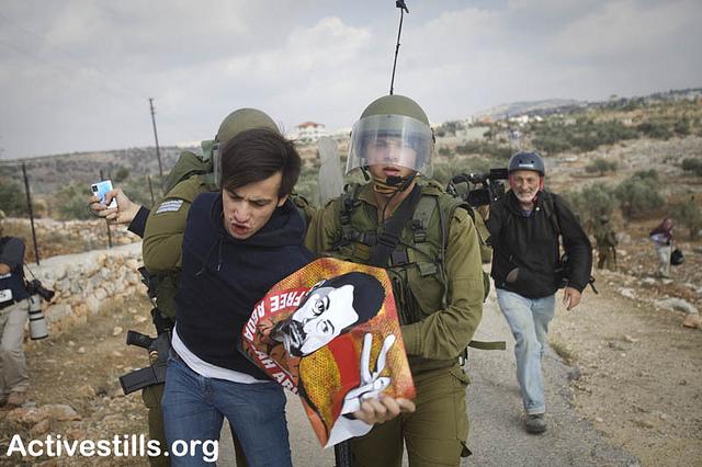 מעצר בבלעין (תמונת ארכיון: אורן זיו / אקטיבסטילס)