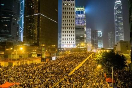 מהפכת המטריות בהונג קונג (צילום: Pasu Au Yeung, פליקר CC BY-SA 2.0)