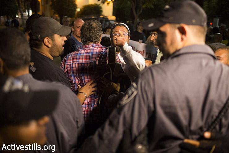 פעיל הימין איתמר בן גביר במהלך ההפגנה. (אורן זיו/אקטיבסטילס)