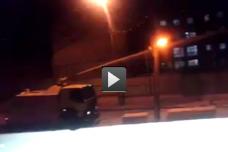 משאית בואש משטרתית משפריצה מים מצחינים על בית ספר בשכונת א-טור