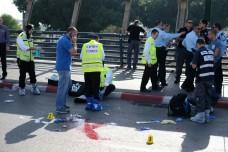 זירת פיגוע הדקירה בסמוך לתחנת הרכבת ההגנה, תל אביב. (צילום: יותם רונן/אקטיבסטילס)