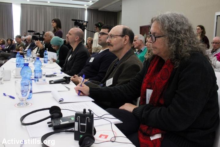 ועדת האמת לאחריות החברה הישראלית לאירוע 1958-1960, נגב, 10 דצמבר, 2014. אחמד אל-באז/אקטיבסטילס