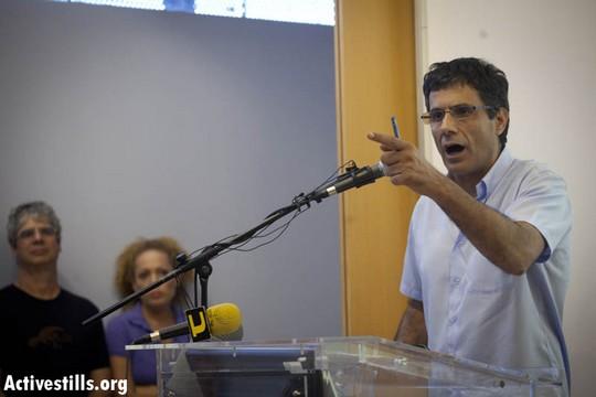 פרופ' יוסי יונה, בימי המחאה החברתית 2011 (אורן זיו / אקטיבסטילס)