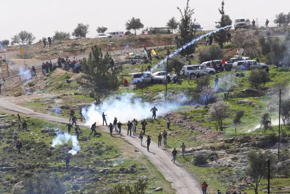 הפגנה בבלעין, 2008 (אורן זיו / אקטיבסטילס)