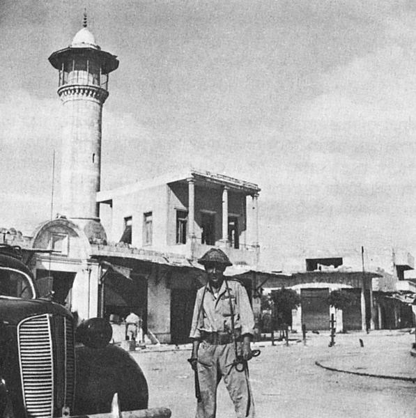מסגד דהמש, לוד, 1948. חיילים טבחו במאות פליטים במסגד