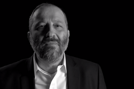 """אריה דרעי, בסרטון בחירות של ש""""ס (צילום מסך מהקמפיין)"""