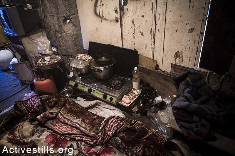 ישנים ליד המטבח בלית ברירה, בית חנון, רצועת עזה, 18 פברואר, 2015. אקטיבסטילס