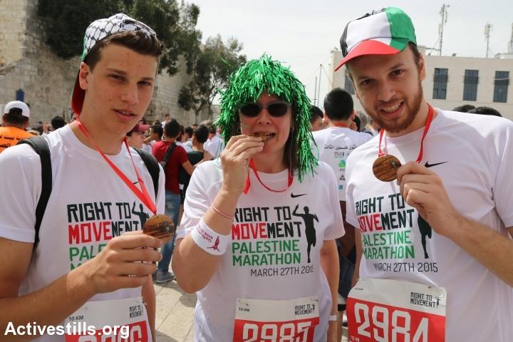 רצים ליד החומה, מרתון בית לחם (אחמד אל-באז / אקטיבסטילס)