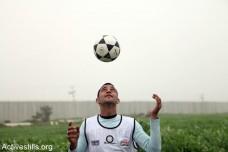 מישהו החליט שבמשחק הפוליטי הערבים הם לא שחקנים אלא הכדור