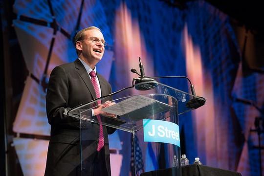ג'רמי בן-עמי, נשיא ג'יי סטריט, בכנס הכלל-ארצי החמישי של הארגון בוושינגטון (באדיבות ג'יי סטריט)