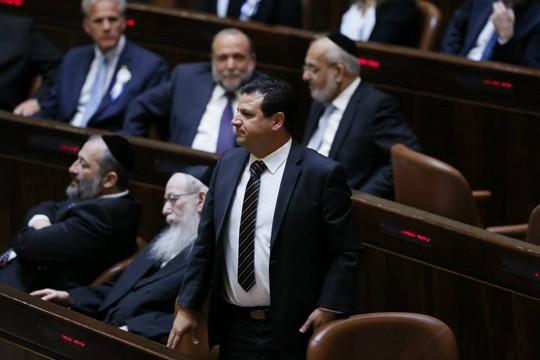 איימן עודה בהשבעת הכנסת העשרים (צילום: עמוד הכנסת)